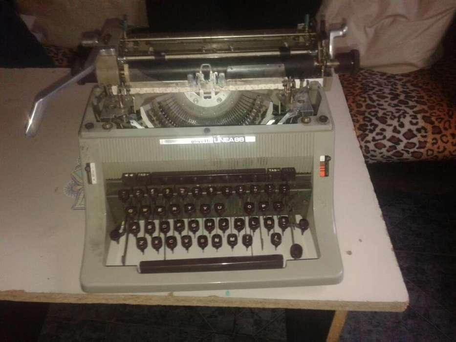 Vendo Máquina de Escribir