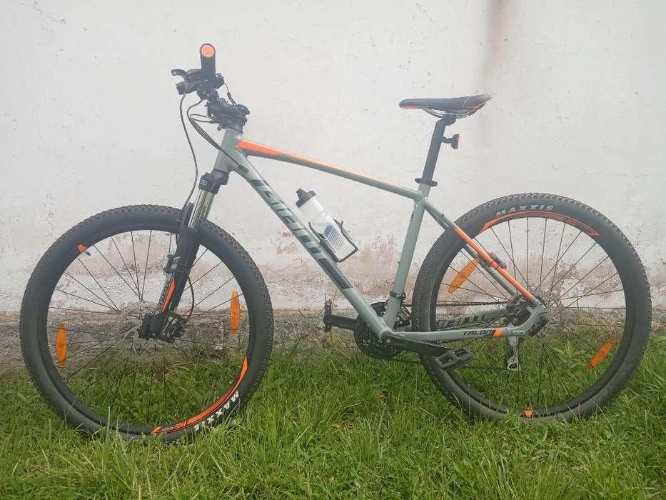 Bicicleta MTB GIANT Talon 3