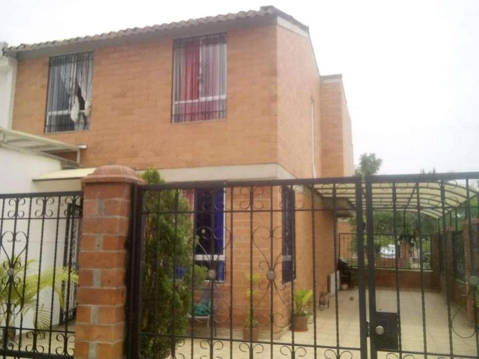 Vendo Casa Esquinera en Valle Del Lili