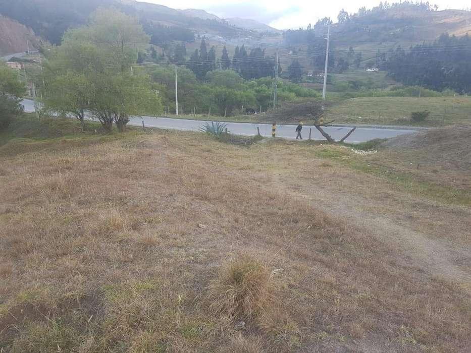 Venta de Terreno Urbano en Loja, Plano,en la Carretera Panamericana, Vía Loja Cuenca