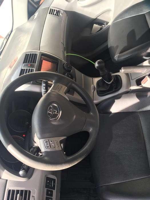Toyota Corolla 2009 - 137000 km