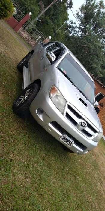 Toyota Hilux 2007 - 196000 km