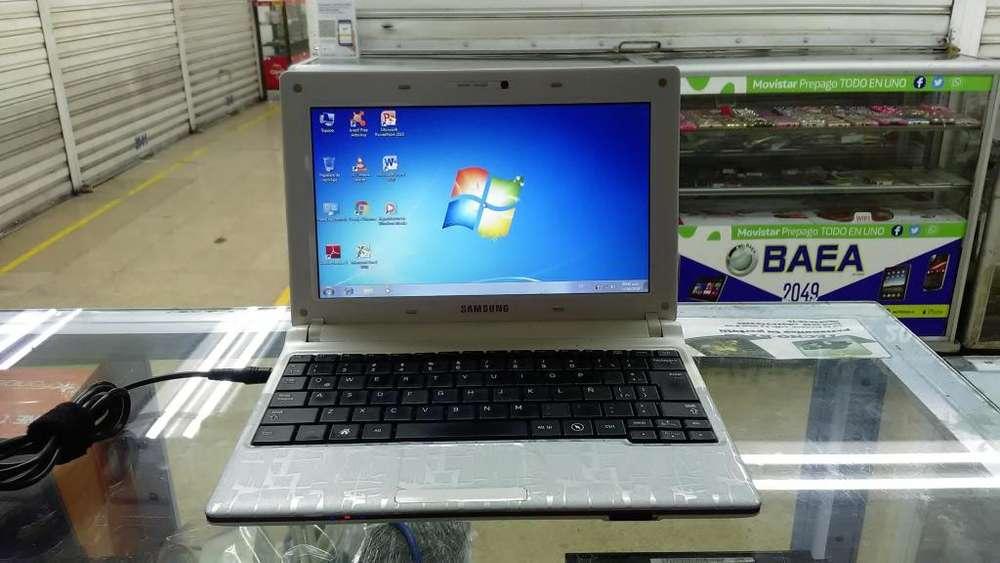 Se vende portatil SAMSUNG mini