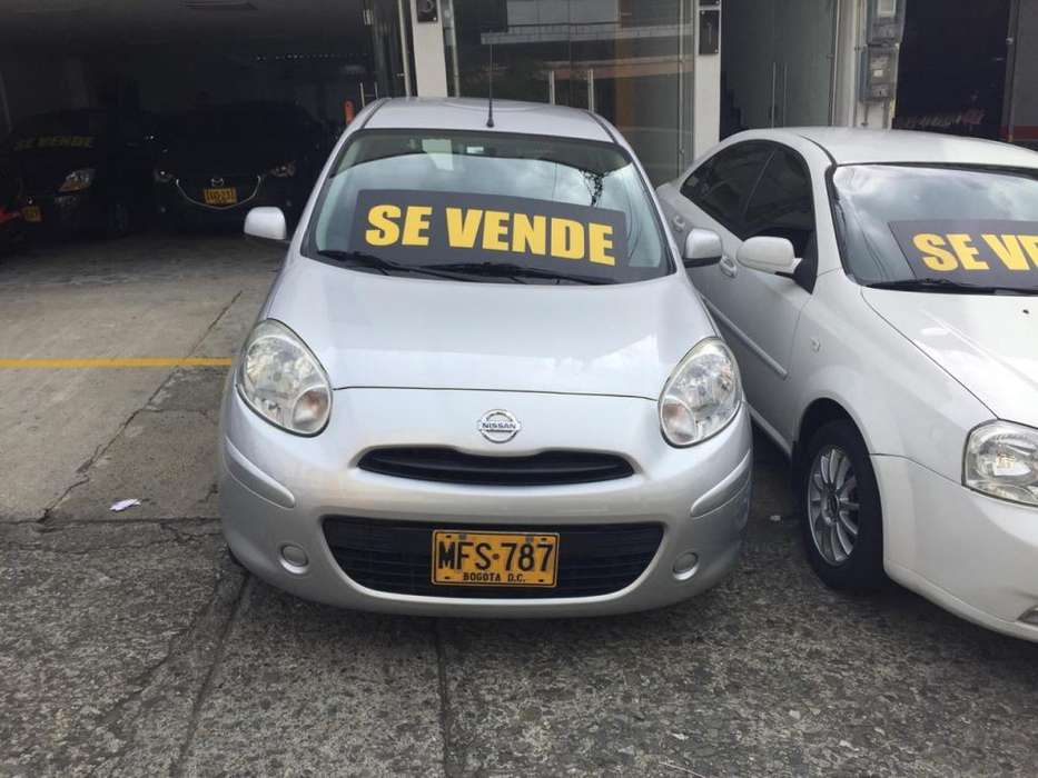 Nissan March 2013 - 85000 km