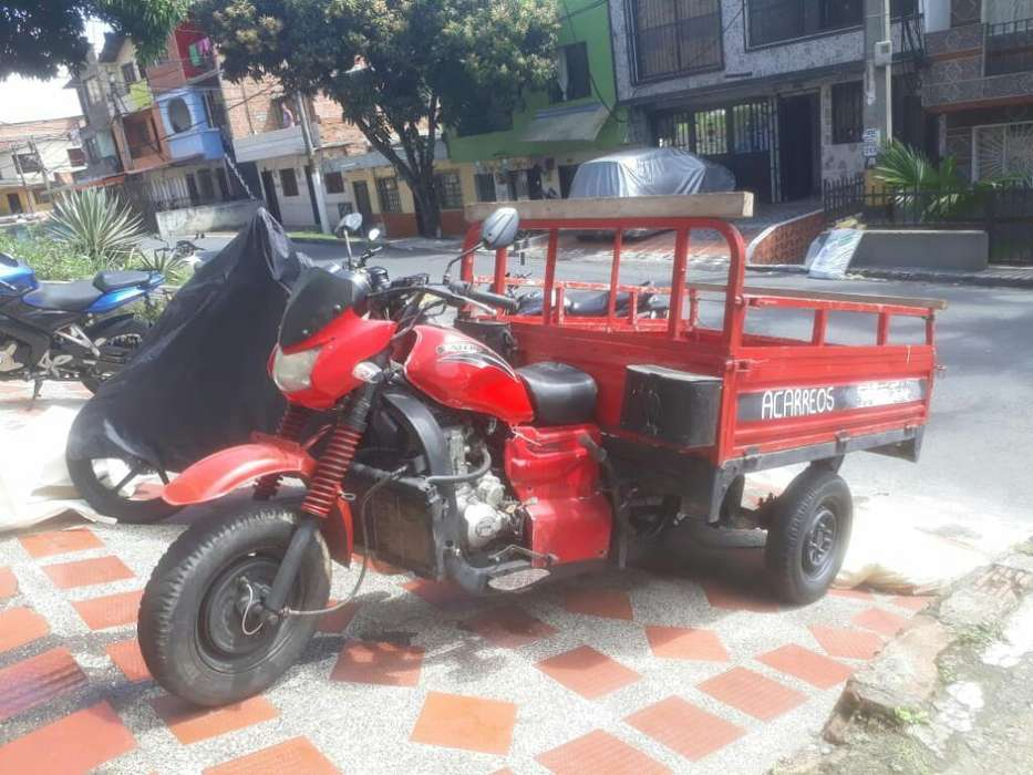 Vendo Moto Carguero Ayco 250