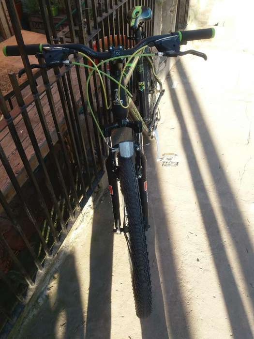 Bicicleta Raleigh R26