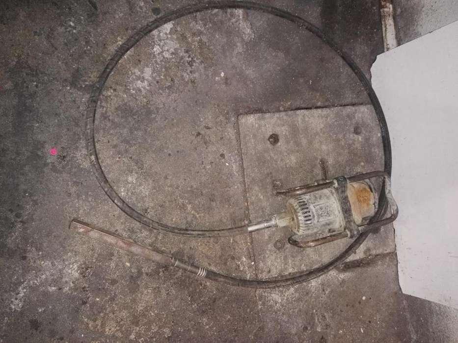Vibrador para concreto marca Wyco