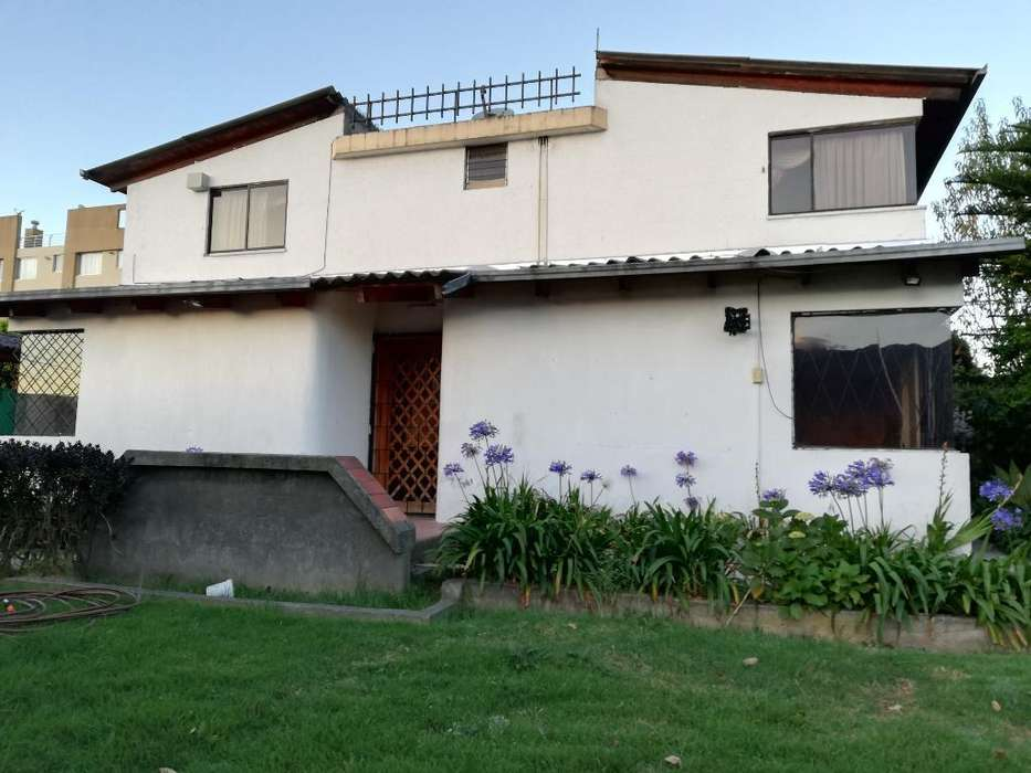 Arriendo Casa San en Isidro Del Inca