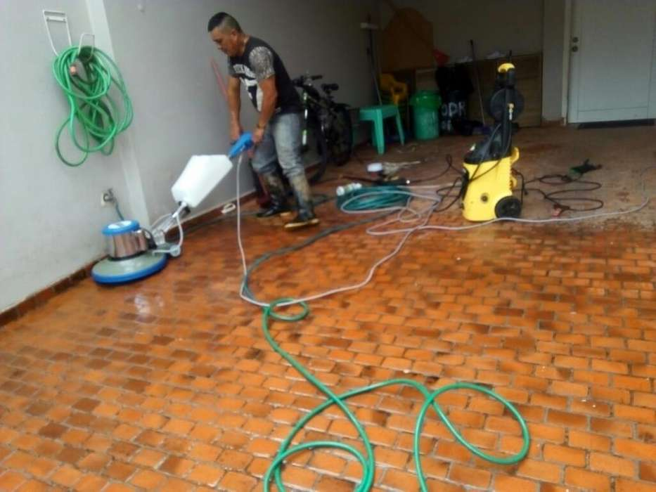 Limpiezas Y Servicios Profesionales