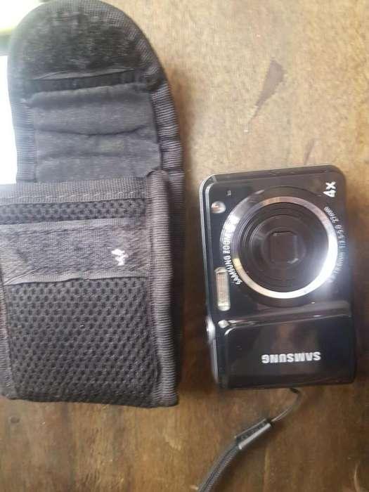 hermosa cámara a buen precio, super economica