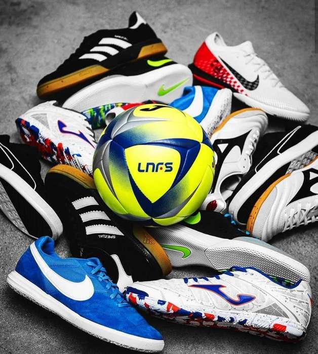 Balones Y Zapatos