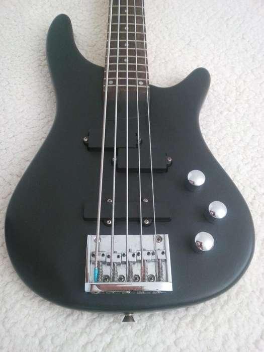 Vendo Cambio bajo 5 Cuerdas Gmc Bass