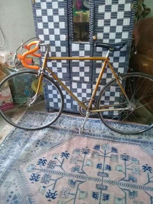 Bici de Carrera Francesa