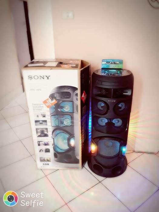 Vendo Parlante Sony Digital V81