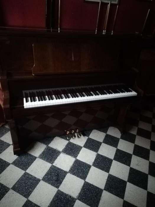 Vendo Piano Kawai