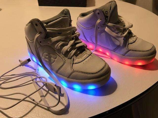 Zapatillas Skecher con luces
