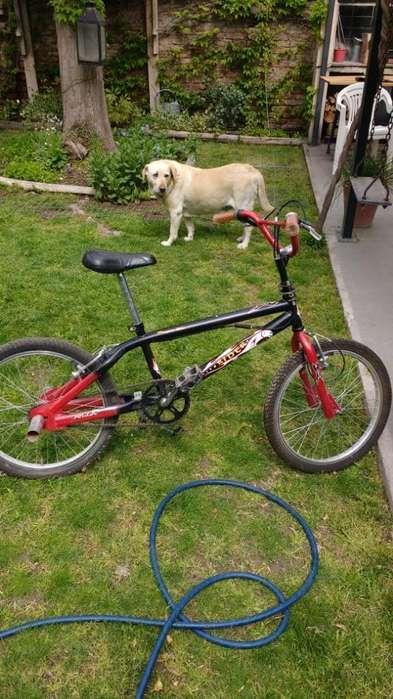 Vendo Bici 20 Bmx Casi sin Uso