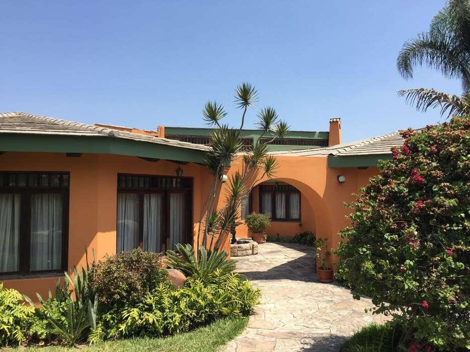Venta Casa · CASUARINAS CERRO SAN FRANCISCO 120, Santiago de Surco, Lima