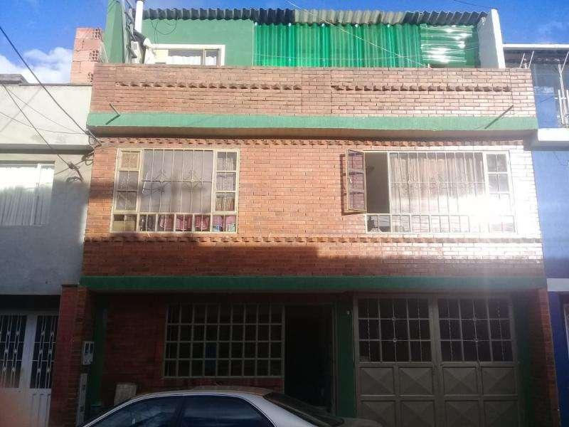 Cod. VBAAV4100218 Casa En Venta En Chia La Lorena