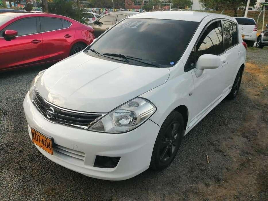 Nissan Tiida 2011 - 99000 km