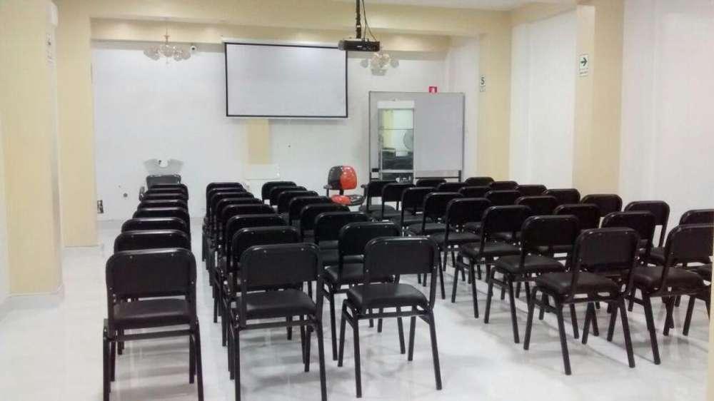 Auditorio O Salón Para Conferencias Y Eventos En Alquiler