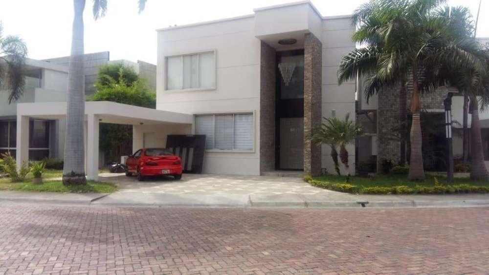Casa en alquiler Terrasol km7 Samborondon 600 m2 4 D