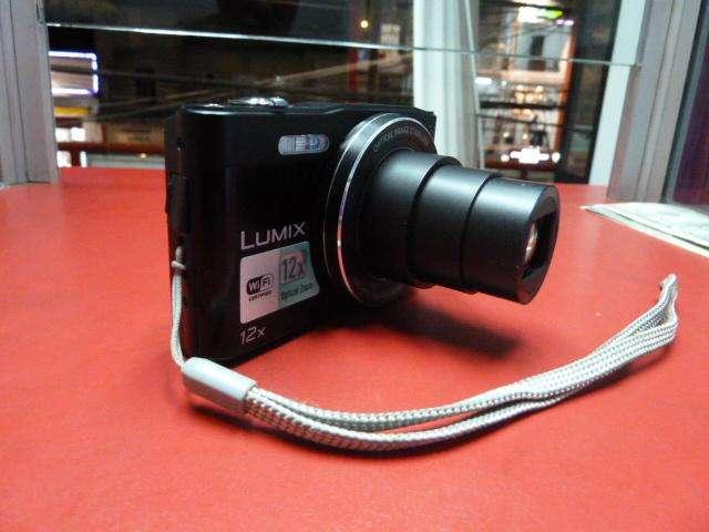 CAMARA DIGITAL LUMIX CON WIFI 16MP Y 12 X DE ZOOM MODELO SZ8, FOTO Y VIDEO EN HD