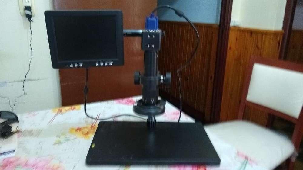 Microscopio Digital con Pantalla 8