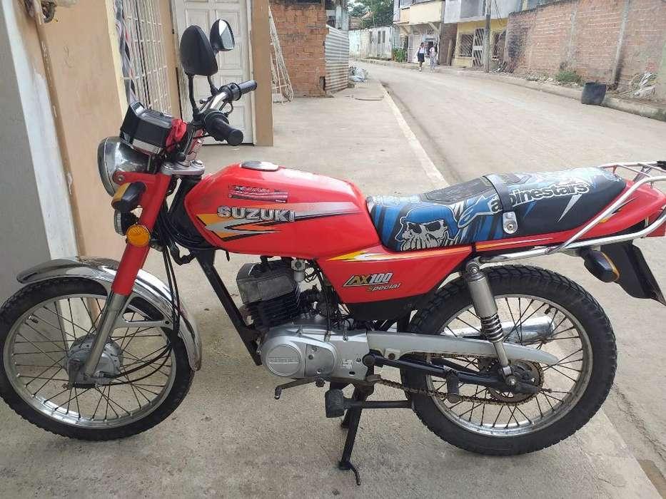 Se Vende Moto Suzuki X 100 Año 2012