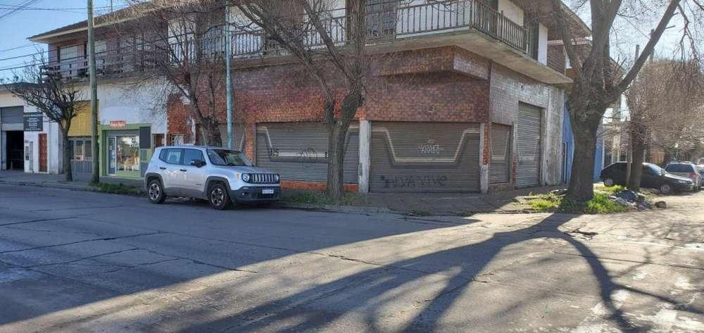 ALQUILER LOCAL EN ESQUINA EN MARCONI Y ALVARADO