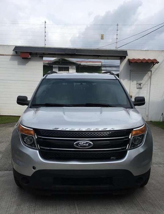 Ford Explorer 2013 - 29000 km