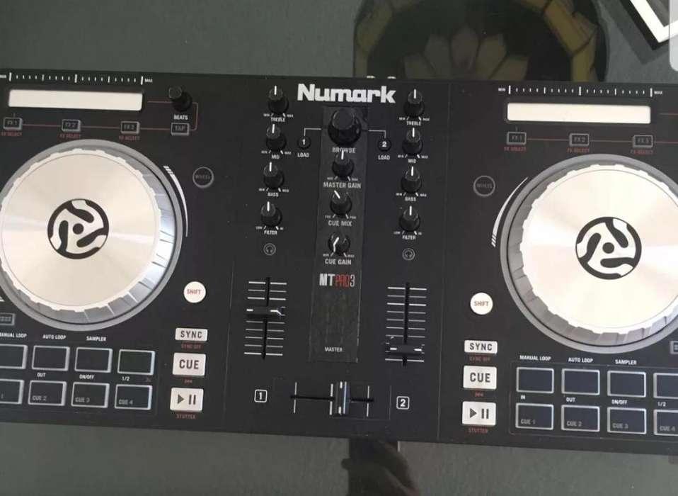 Vendo Controladora Numark Mixtrack Pro 3