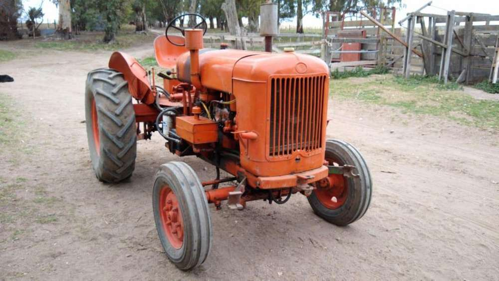 <strong>tractor</strong> someca