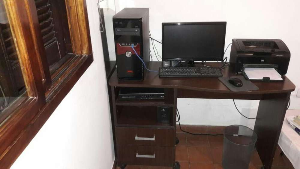 <strong>escritorio</strong> Mdf Marron Impecable