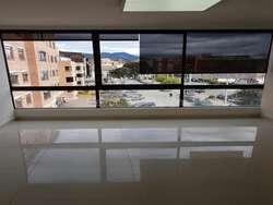 Oficina con Parqueadero Cl 122 Cra 15A - Santa Barbara Central