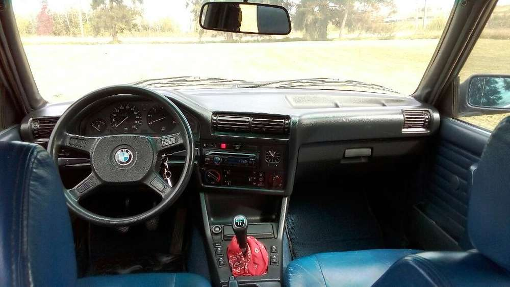 <strong>bmw</strong> 324 1988 - 1111111 km