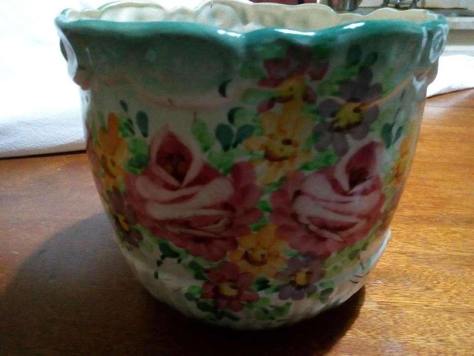 Vendo Porta Maseta de Ceramica Decorado