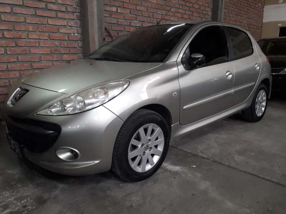 <strong>peugeot</strong> 207 2009 - 106000 km