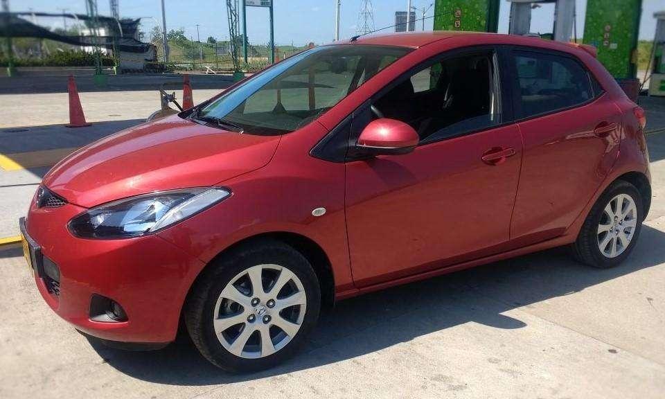 Mazda 2 2010 - 31000 km