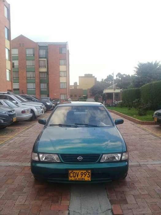 Nissan Sentra 1995 - 300000 km
