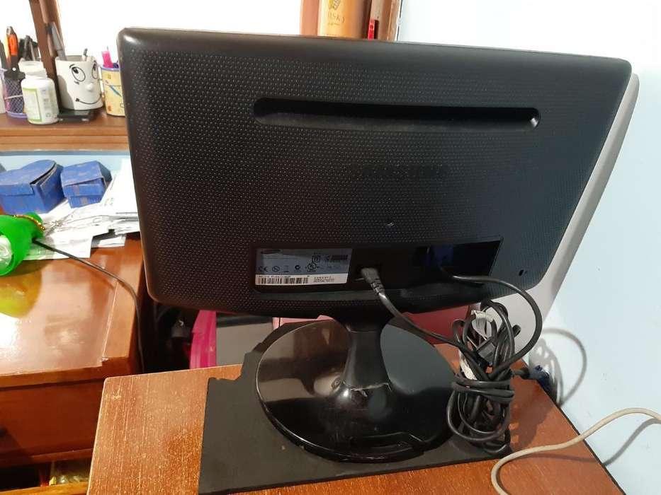 2 Monitores Led Samsung Y Lg
