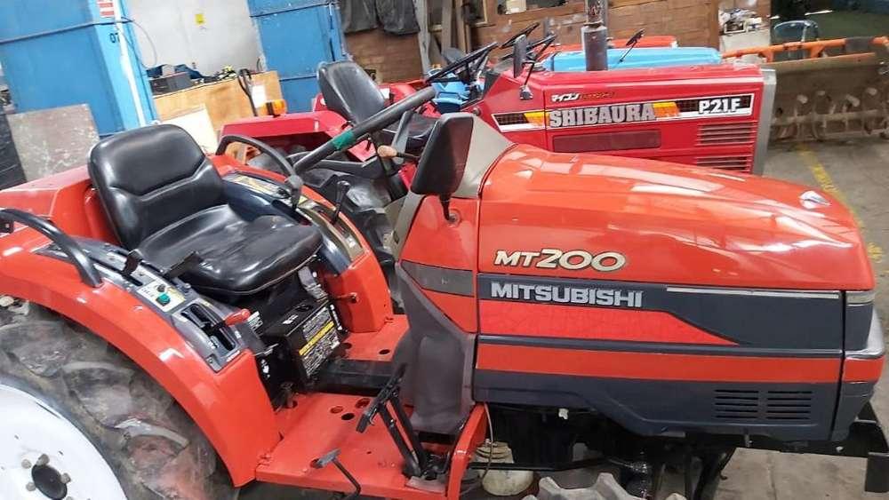 Tractor Agricola Mitsubishi 4x4 20 Hp