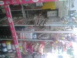 vendo estanteria y mercancia para negocio de remates