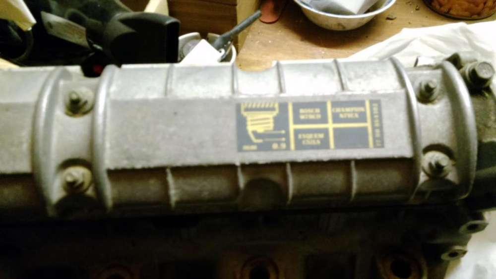 Tapa de cilindro de renault 19 completa