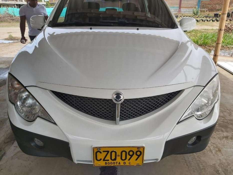Ssangyong Actyon 2008 - 135000 km