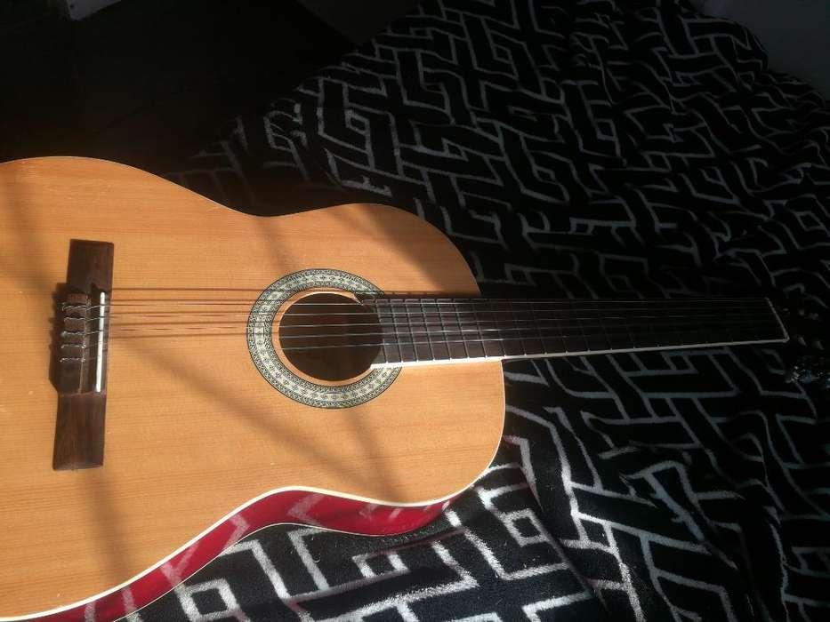 Guitarra Acústica Alonso Elvira
