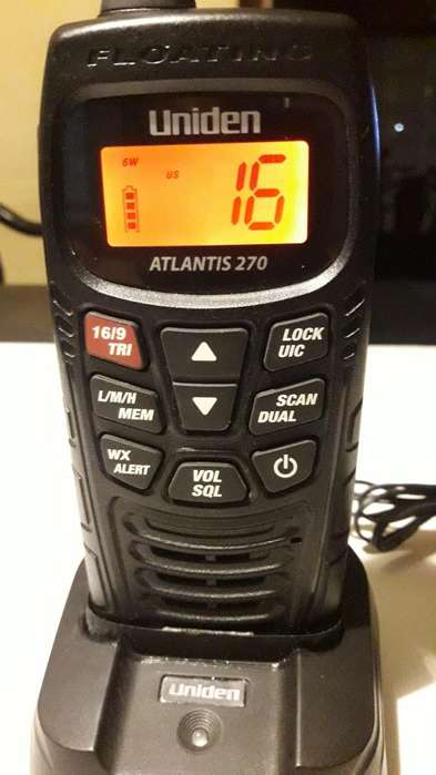HANDIE VHF UNIDEN ATLANTIS 270 Flotante