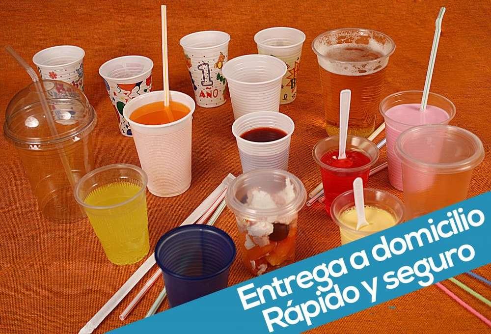 Vasos Desechables de Espuma Y Plástico
