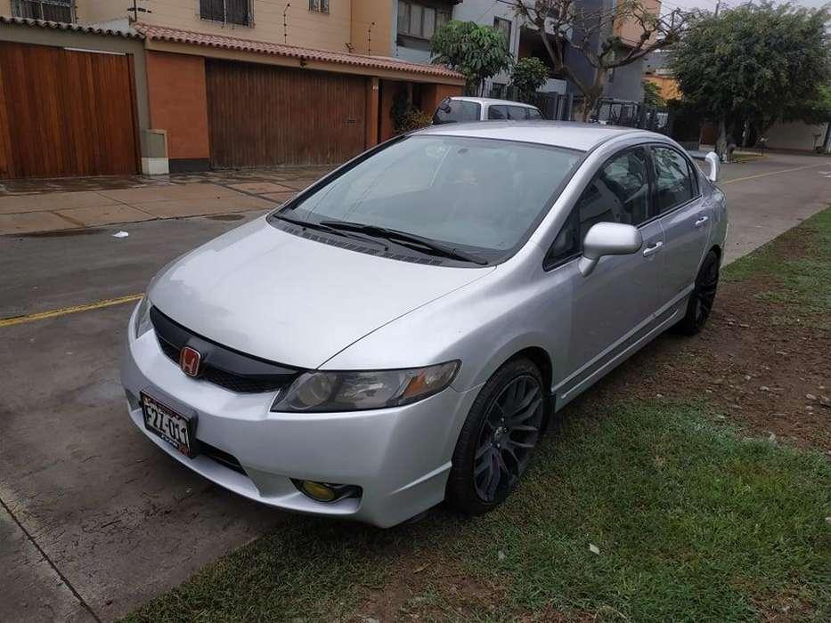 Honda Civic 2010 - 80000 km