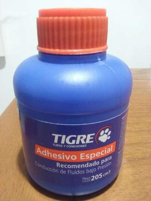 Adhesivo Tigre